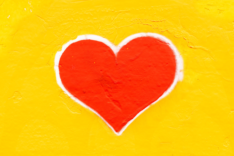 San Valentín, repartiendo amor y hamburguesas